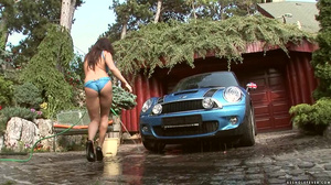 Lea Lexis Car wash cunt Scene 01